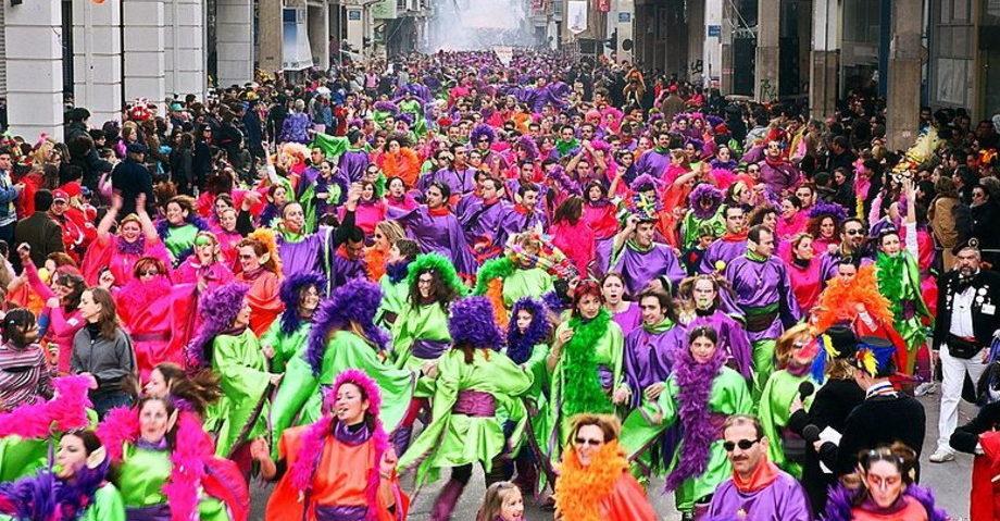 Карнавал в Патрах, замок-винодельня Ахайя-Клаус (фото 12)