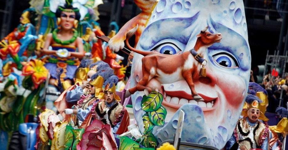 Карнавал в Патрах, замок-винодельня Ахайя-Клаус (фото 3)