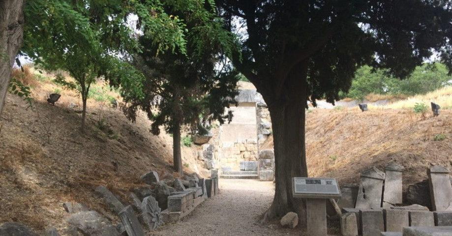 Орхомен, источник Трех Граций, Монастырь Богородицы Скрипус, Ливадья (фото 3)