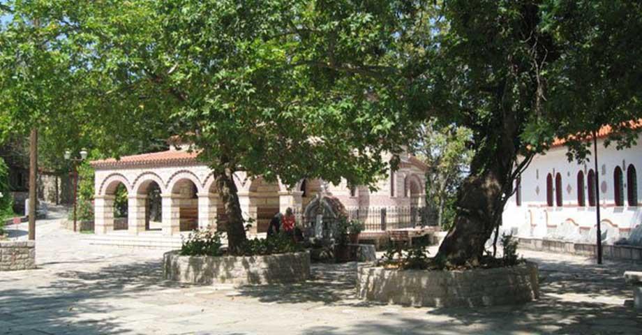 Экскурсия: монастырь св.Агафона + источник Ипати (фото 3)